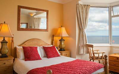 The Seacliffe Hotel Whitby with sea views