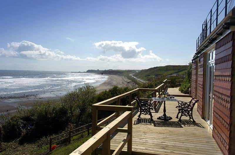 The Porthole Bed & Breakfast In Sandsend