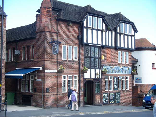 The Station Inn Pub with accommodation in Whitby