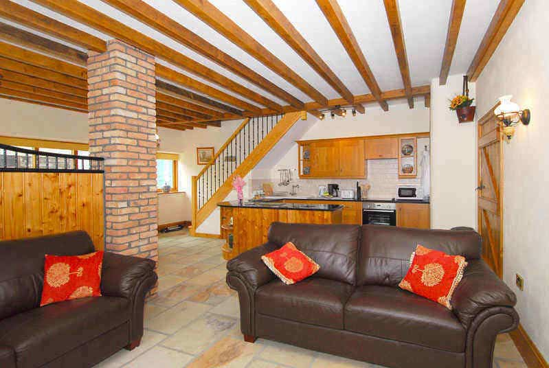Open plan self catering catering holiday cottage in Whitby; Carthorse Cottage in Sandsend