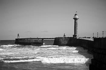 Whitby Western Lighthouse
