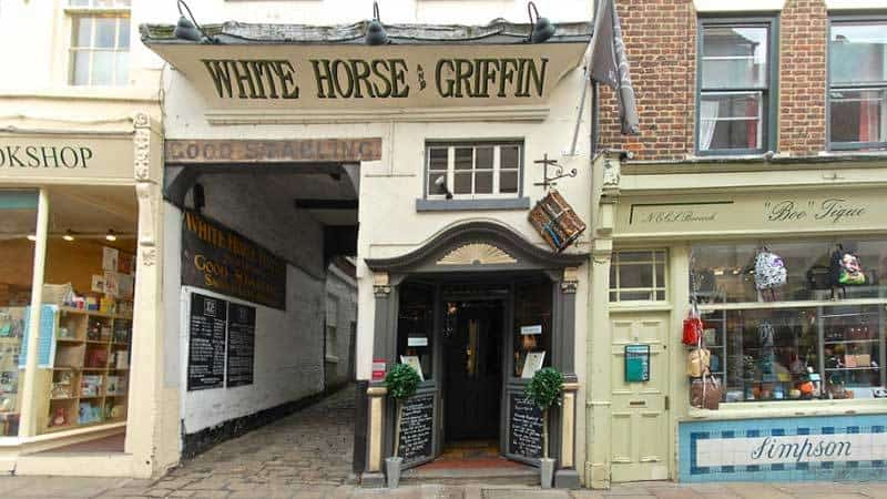 White Horse & Griffin Restaurant in Whitby