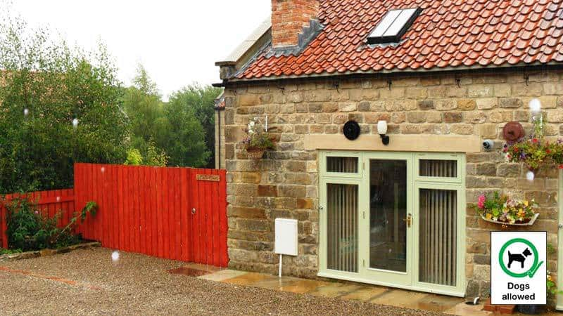 Littlemoor Whitby Cottages Dog Friendly