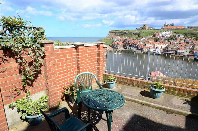Cliff House Whitby Holiday Apartments
