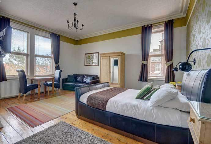 Elford Guest House is one of several hotels with parking in Whitby