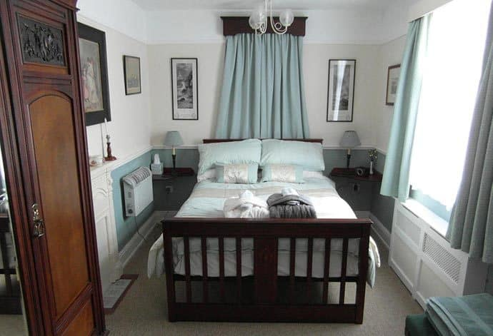 Saint Hilda's House 4 Star Accommodation in Whitby