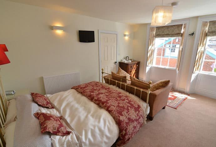 Stewart House Bed & Breakfast in Whitby