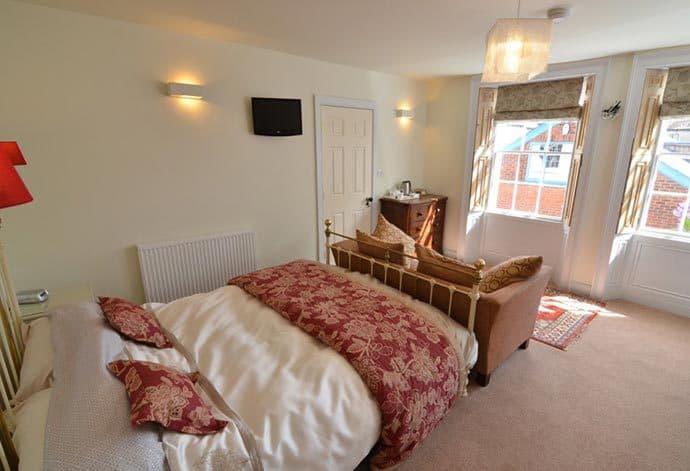 Stewart House Bed & Breakfast in Whitby