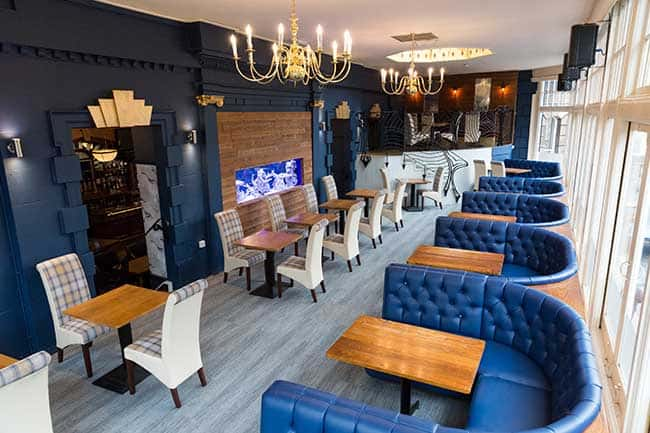 The Resolution Hotel & Pub with accommodation in Whitby