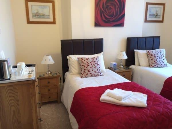 ellies guest house room 2