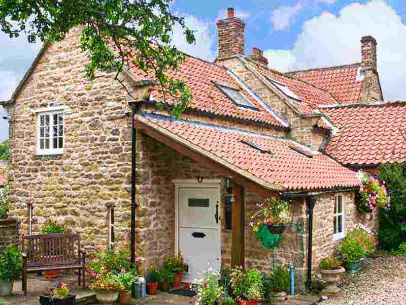 beech cottage whitby holiday cottage with swimming pool