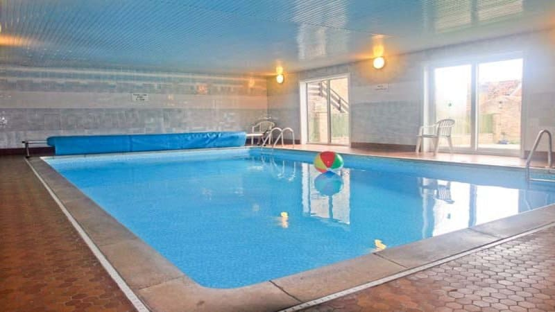 7 Whitby Holiday Cottages With Swimming Pool Whitby Accommodation With A Pool