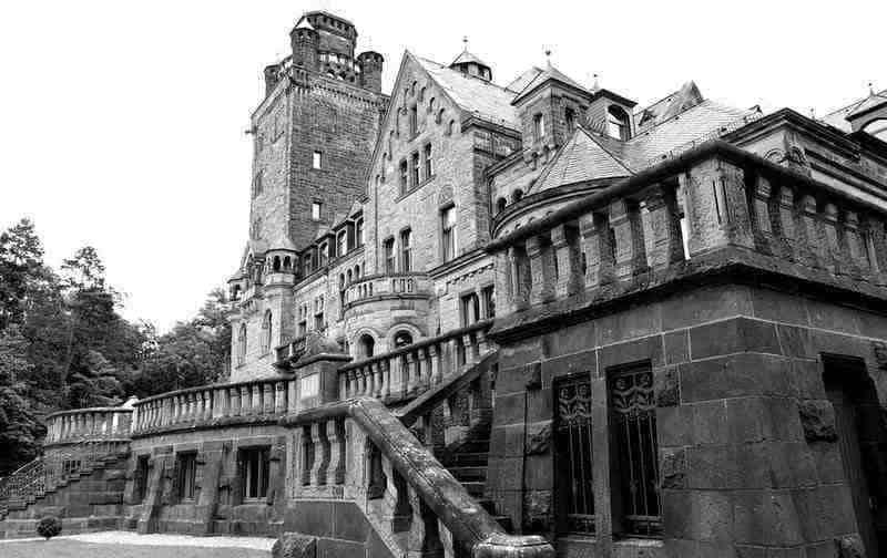 dracula experience whitby draculas castle