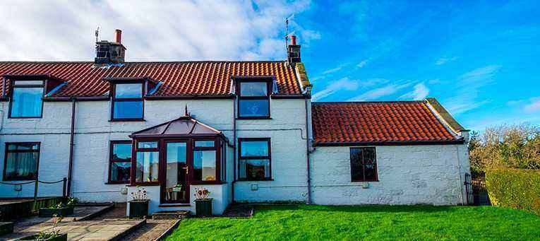 The Green Cottage Newholm; Whitby Self Catering With Parking