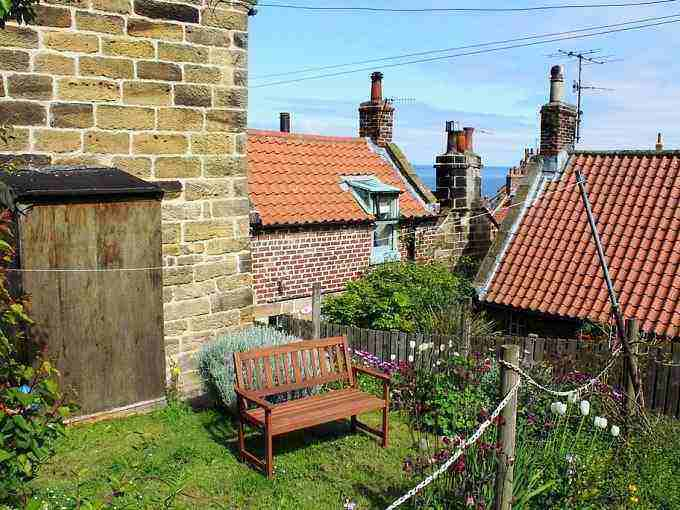 Woodside cottage robin hoods bay