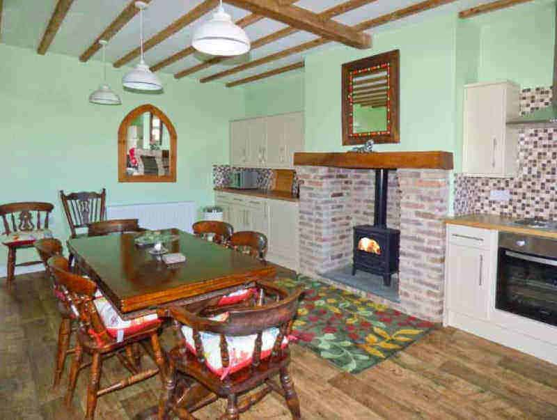 Airy Hill Old Farmhouse Luxury Accommodation in Whitby