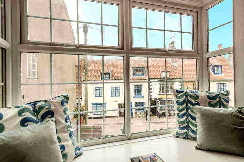 Chapel Gate Mews; School holiday cottages in Whitby
