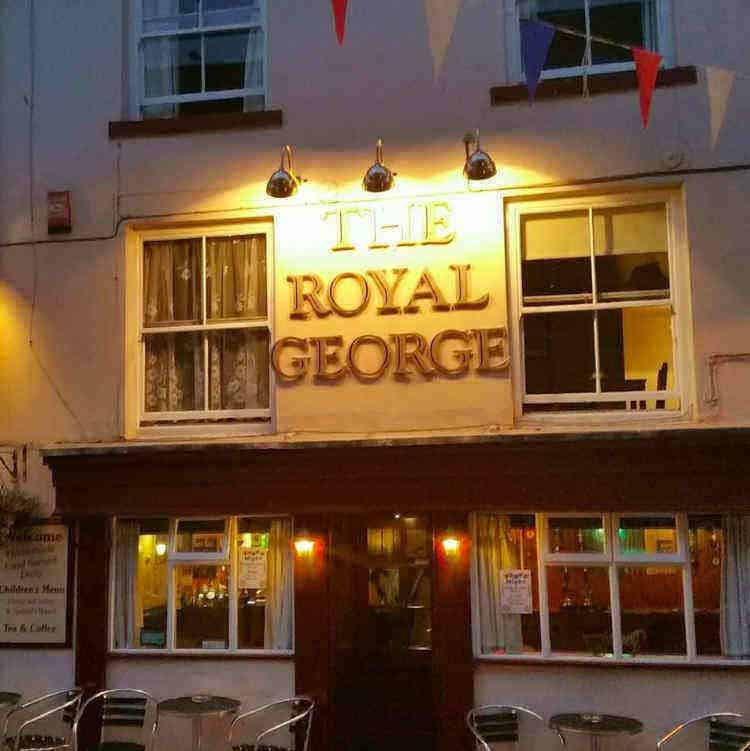 The Royal George Staithes B&B