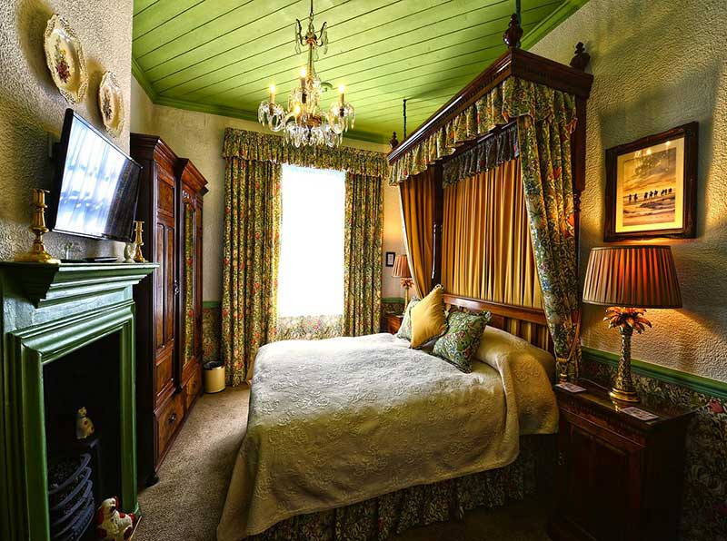 Bagshawes Luxury Accommodation in Whitby