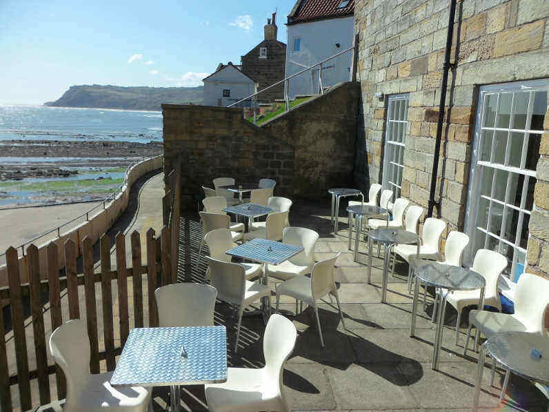Swell Cafe Bar in Robin Hoods Bay