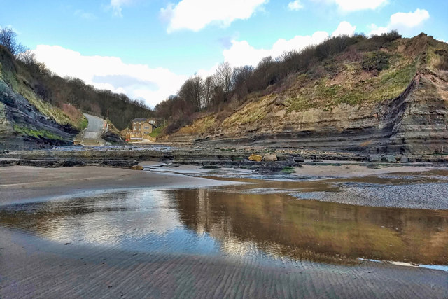 Looking for things to do in Robin Hood's Bay? A visit to Boggle Hole is a must!