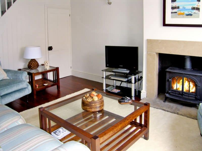 Bramble Holiday Cottage in Robin Hoods Bay