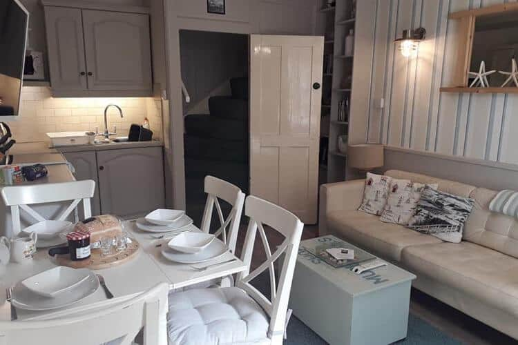 Burnharbour Holiday Cottage in Robin Hood's Bay