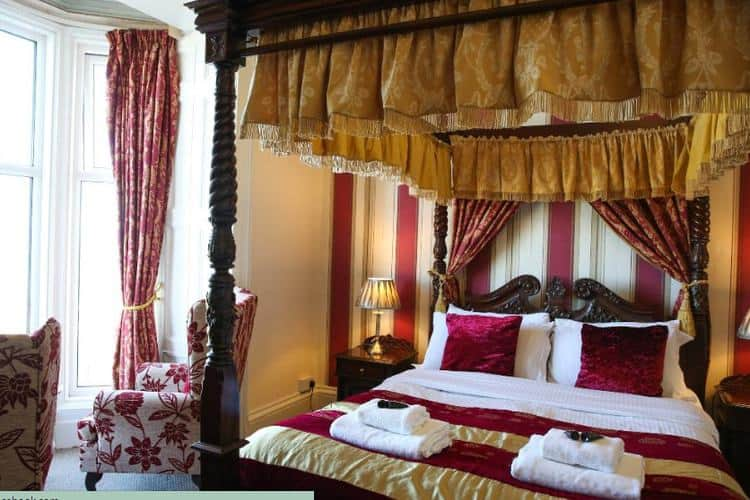 Riviera Guest House; 11 Whitby weekend breaks for your enjoyment, rest and relaxation
