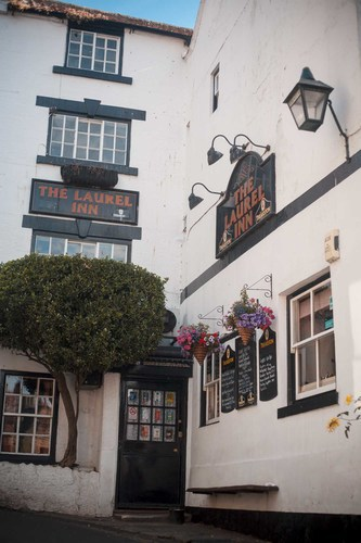 The Laurel Inn; Traditional Fishermans Pub in Robin Hoods Bay