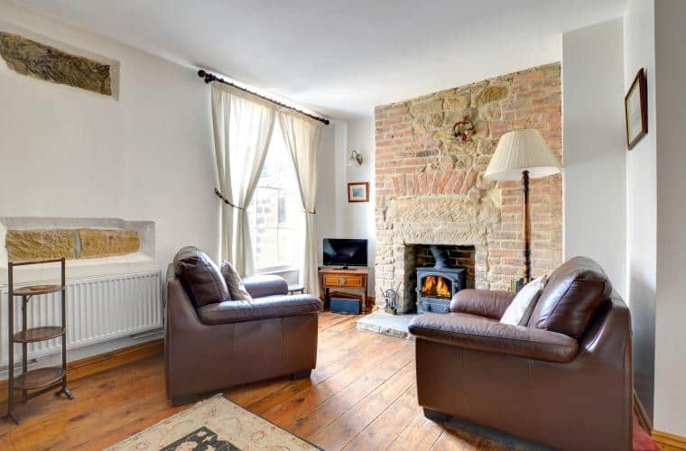 Roma Cottage; 61 Stunning Robin Hood's Bay Cottages For Your Perusal