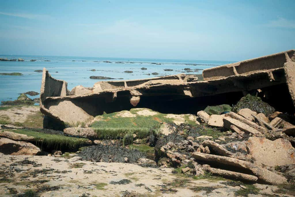 The shipwreck at Whitby beach