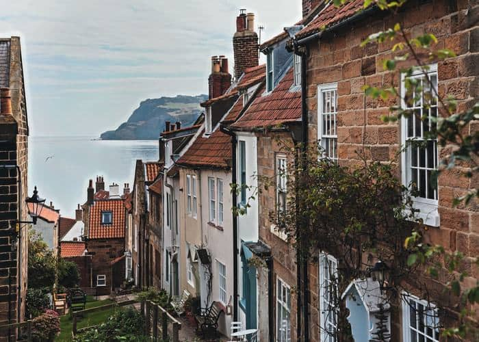 Smuggler's Town at Robin Hood's Bay; How To Spend A Week In Runswick Bay