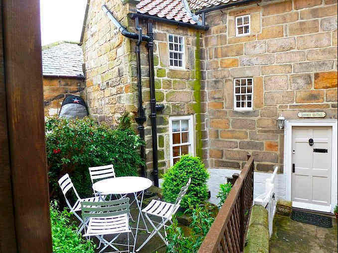 Summer Cottage in Robin Hoods Bay