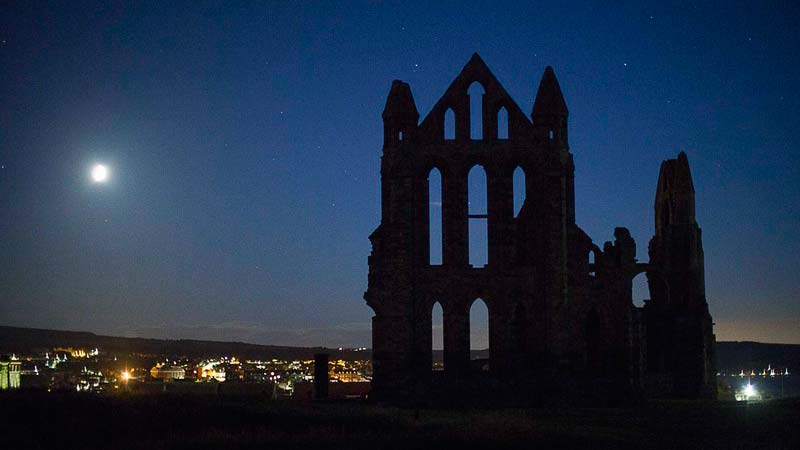 Things To Do In Whitby At Night