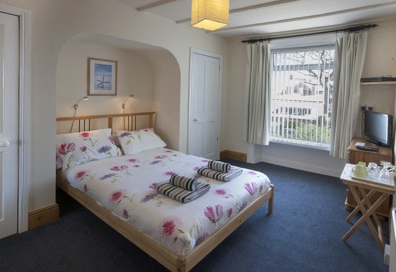 Cook; 15 Ensuite Room Only Accommodation Options in Whitby