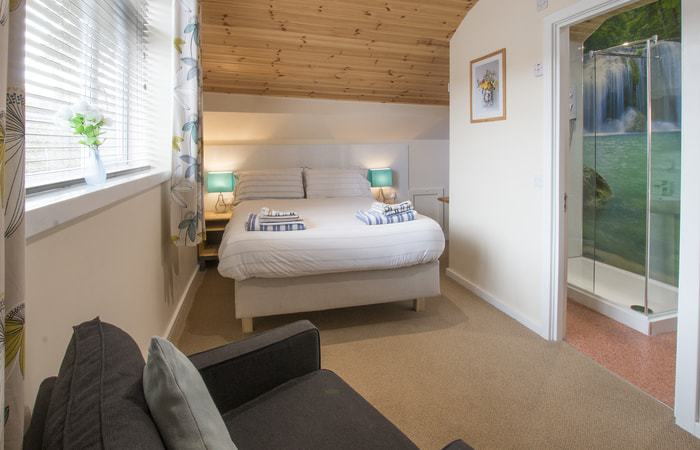 Discovery Loft 1; 15 Self Catering Mini Suites With Sauna in Whitby