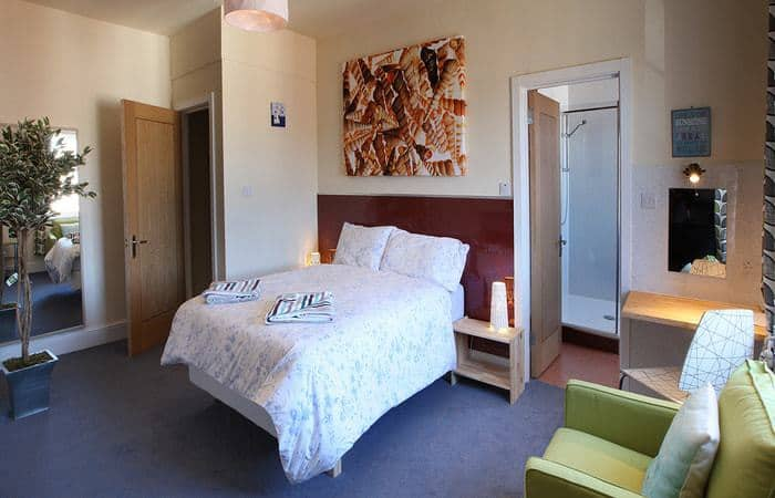 Royal 6; 15 Self Catering Mini Suites With Sauna in Whitby