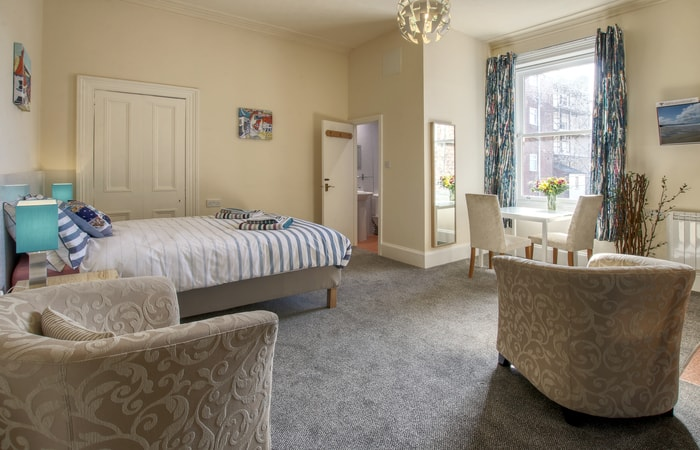 Sea Breeze 11; 15 Self Catering Mini Suites With Sauna in Whitby