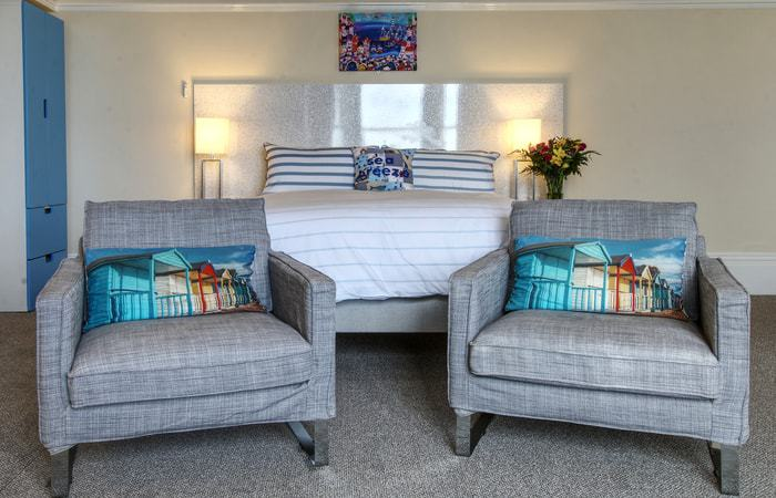 Sea Breeze 7; 15 Self Catering Mini Suites With Sauna in Whitby