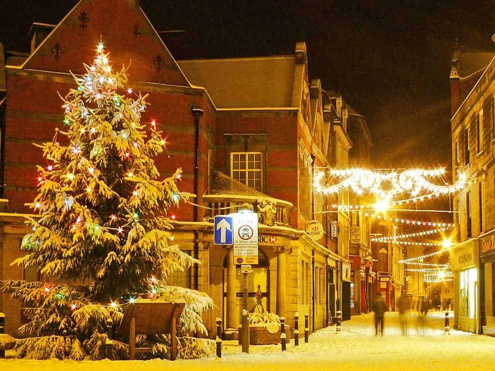 Whitby at Christmas: Christmas Shopping in Whitby