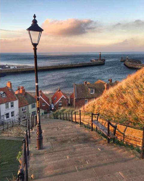 199 steps: 9 most instagrammable places in Whitby