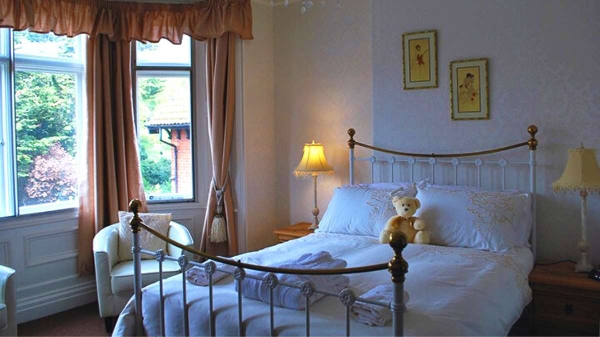 Willows Guest House offers rooms with disabled access in Whitby