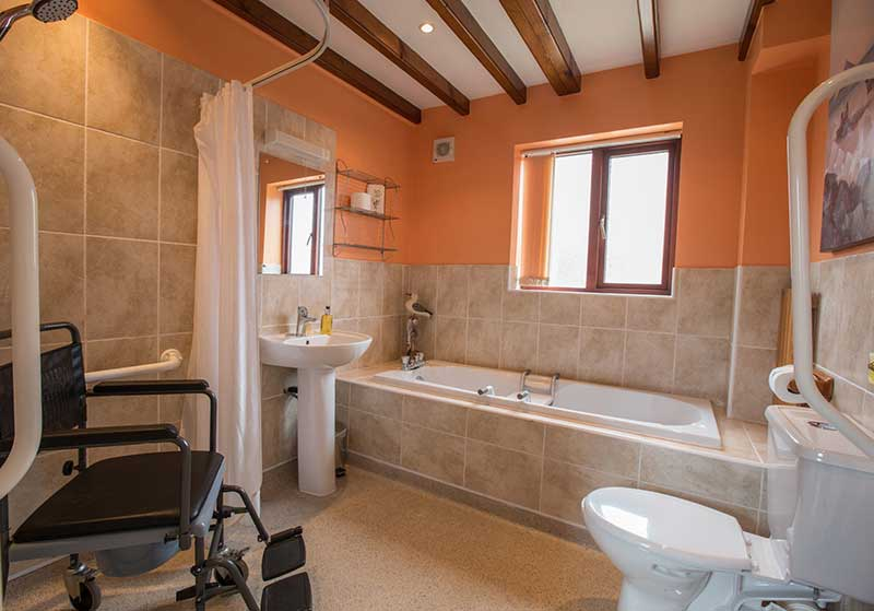 Cholmly Cottage offers disabled facilities near Whitby