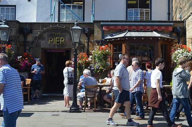 Whitby B&B Sea View; The Pier Inn