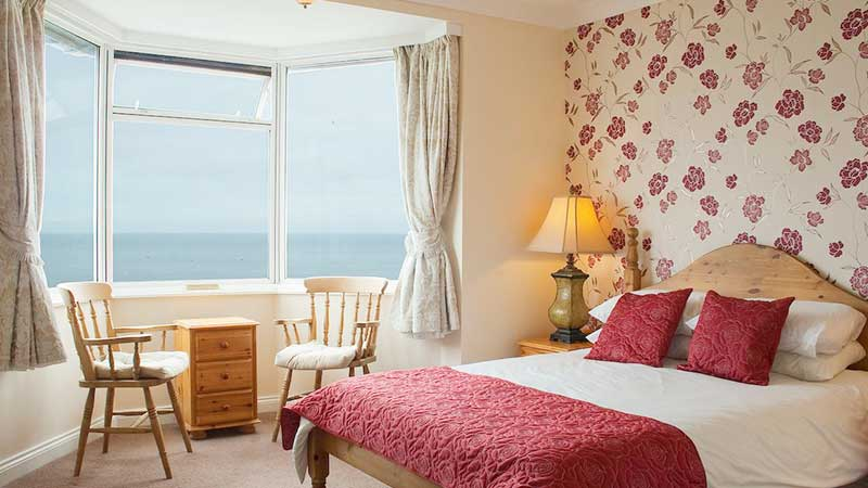 The Seacliffe Hotel in Whitby with sea views