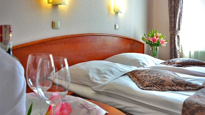 Whitby Bed And Breakfasts With Parking