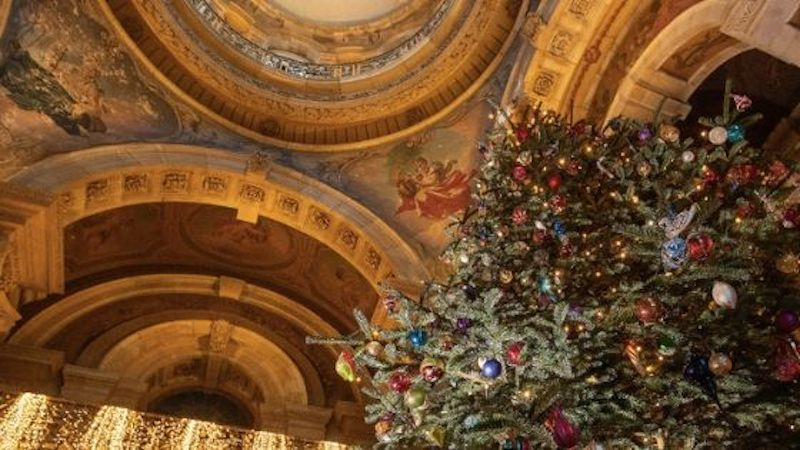 Christmas in Yorkshire - Castle Howard Christmas tree