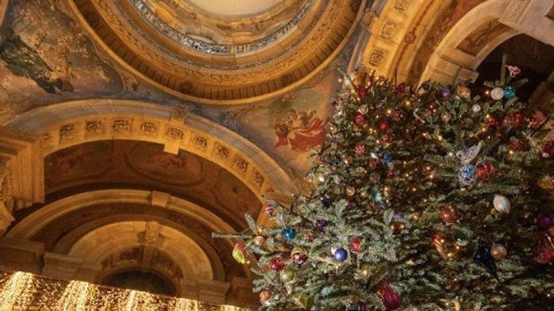 Christmas in Yorkshire - Castle Howard Christmas tree