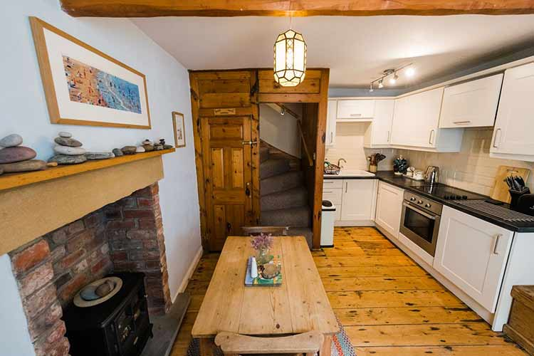 Bank House cottage in Robin Hood's Bay with sea views