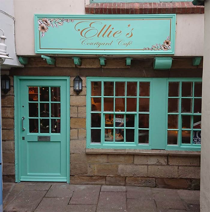 Ellie's Cafe